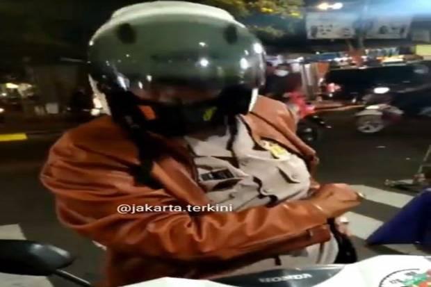Viral! Pria Ngaku Polisi Mau Nilang di Kemayoran, Ditantangin Eh Malah Kabur