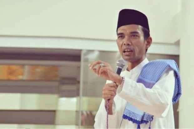 Ustadz Abdul Somad Pinang Fatimah Az Zahra dengan Mahar ...