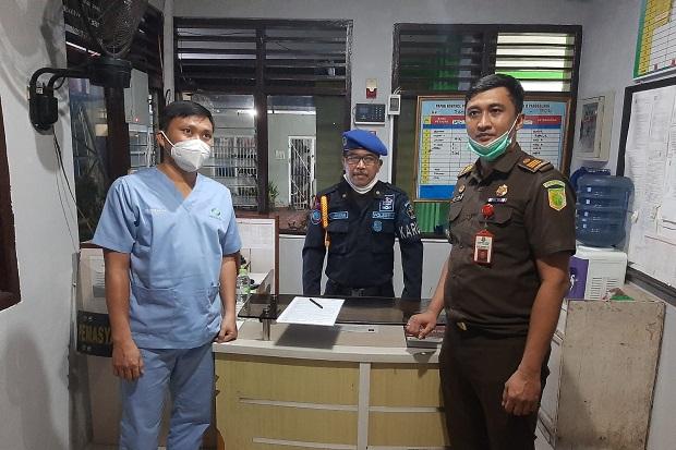 Tersangka Korupsi RSP Sitanala Tangerang Dijebloskan ke Rutan Kelas 2B Pandeglang