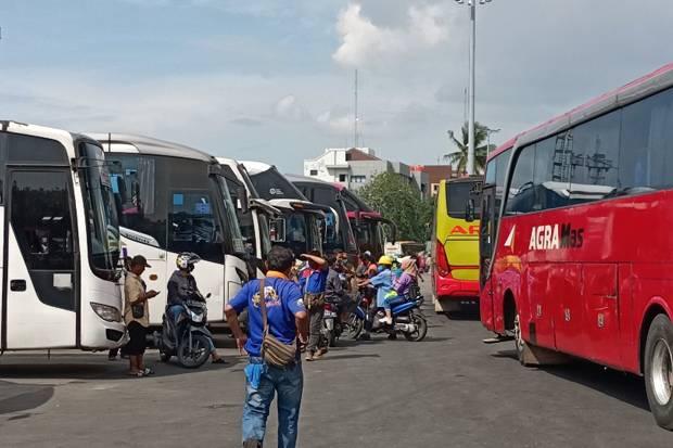 H-2 Larangan Mudik, Terminal Tanjung Priok Sepi Penumpang