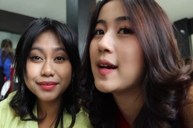 "Behind The Scene Web Series ""Love Is Us"" Web Series yang Dibintangi Girlband D'4ngels"