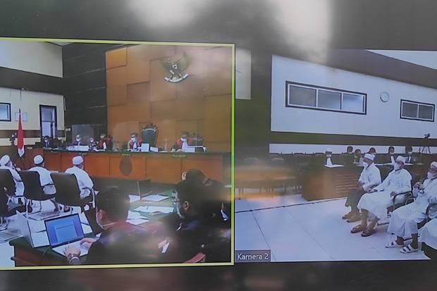 Habib Rizieq Hari Ini Kembali Jalani Sidang Kasus Tes Swab RS UMMI Bogor
