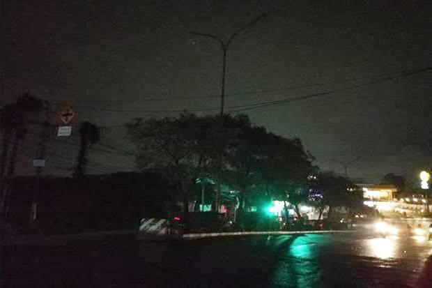 Puluhan Lampu PJU Tak Berfungsi, Jalanan di Tangsel Gelap Gulita
