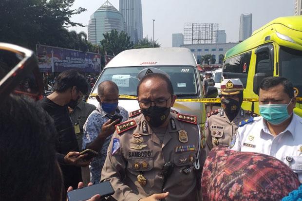 Ratusan Orang Protes di Tol Cikampek, Polisi Pastikan Itu Bukan Pemudik