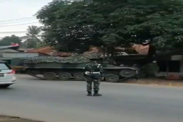 Viral! Tank Berada di Dekat Penyekatan Larangan Mudik, Ini Kata Kadispenad