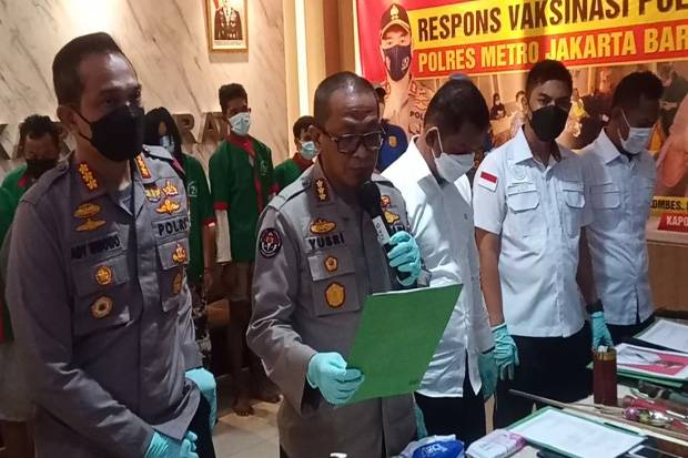 Polisi Tetapkan 7 Tersangka Kasus Narkoba dan Kepemilikan Senjata di Kampung Ambon