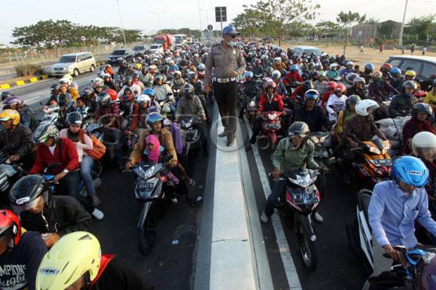 Tak Mau Kebobolan Lagi, Polisi Ubah Strategi Penyekatan Pemudik di Perbatasan Bekasi-Karawang