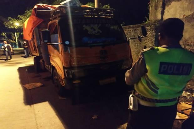 Tertimpa Bak Truk Sampah, Pegawai Dinas Lingkungan Hidup Kota Bekasi Tewas Mengenaskan