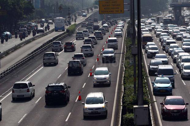 Antisipasi Arus Balik Membeludak, Polisi Siapkan Contraflow di Tol Jakarta-Cikampek