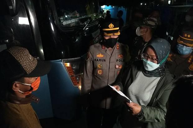 Bus Nakal Ketahuan Angkut Pemudik di Puncak Bogor, Begini Modusnya