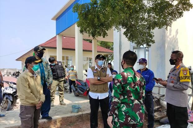Bupati Tangerang Bubarkan Kerumunan di Kawasan Wisata Tanjung Pasir