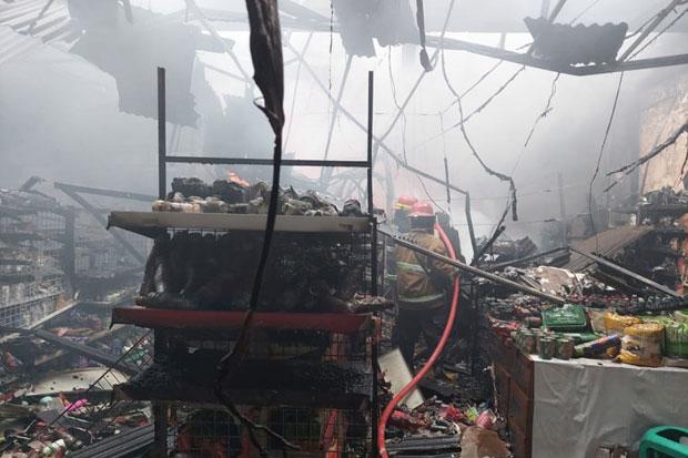 Diduga Korsleting Listrik, Minimarket di Bogor Ludes Terbakar