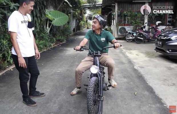 Ini Juleha, Motor Modifikasi Choppy Cub Eza Yayang Tukang Ojek Pengkolan