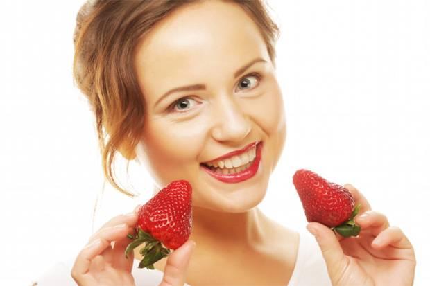 Stroberi hingga Nanas, Buah-Buahan Ini Mampu Memutihkan Gigi secara Alami