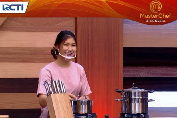 Tak Bisa Jawab Pertanyaan Chef Arnold, Olivia Nangis
