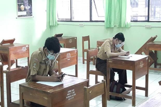 Cuma Sedikit Siswa Ikuti Uji Coba Sekolah Tatap Muka di Jakarta