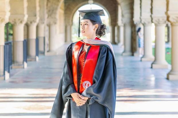 Maudy Ayunda Bersyukur Berhasil Tuntaskan Studi S2 di Stanford University dalam 2 Tahun