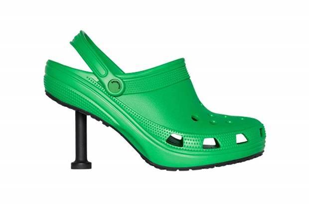 Balenciaga dan Crocs Kolaborasi Hadirkan Stiletto Clogs