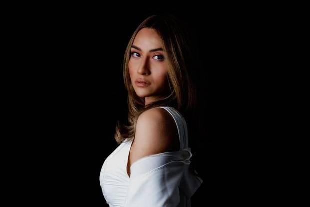 Selain Kejar Studi, Julia Robex Ingin Meniti Karier di Negeri Kincir Angin