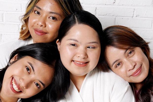 Sebarkan Semangat Positif dengan Jadikan Perempuan Down Syndrome sebagai Model