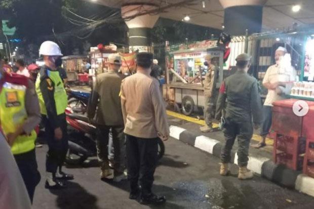 Petugas Gabungan Tes Covid-19 di Terminal Kampung Melayu, Warganet: Mangga Besar Pak