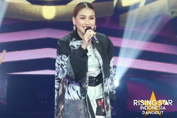 Ayu Ting Ting Ulang Tahun Rising Star Indonesia Dangdut Akan Beri Kejutan Istimewa