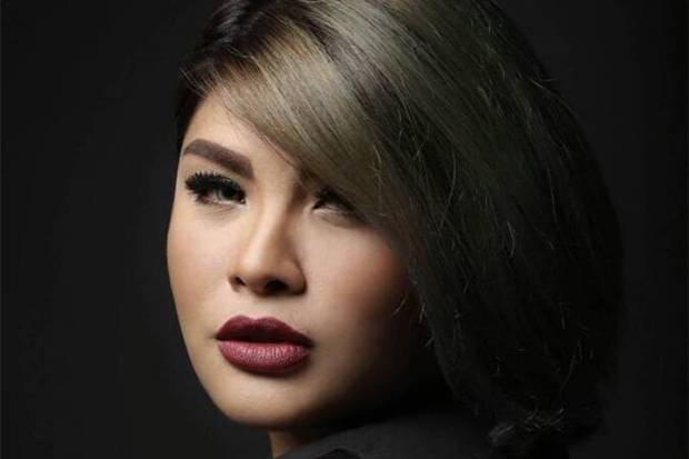 Cobaan Bertubi Nania Idol setelah Jadi Nasrani, Ditolak Keluarga hingga Tak Bisa Jumpa Anak