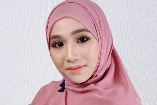 Buku Kisah Suksesnya Tuai Komentar Negatif Netizen, Begini Respons Fatimah Az Zahra