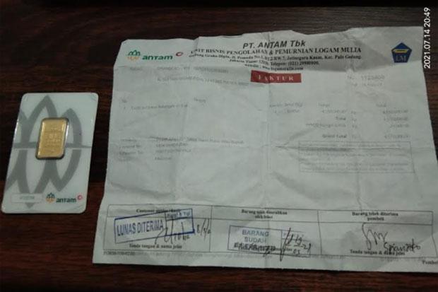 Kuras Tabungan Milik Pelanggan, Pemilik Toko Kacamata di Makassar Ditangkap