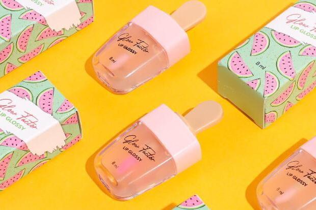 Miliki Packaging Unik, Glow Factor Lip Glossy Banyak Diminati Milenial
