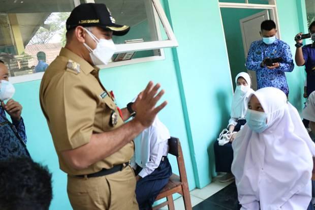 Siapkan 100 Ribu Dosis, Bupati Tangerang Percepat Vaksinasi di Sekolah