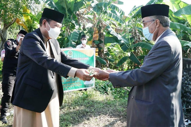 Bupati Luwu Jadikan Idul Adha Momen Berbagi Kebahagiaan dengan Masyarakat