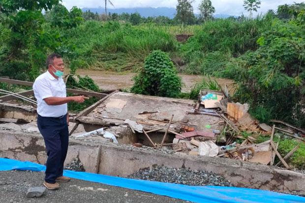 Jalan Poros Trans Sulawesi di Luwu Kembali Ambles