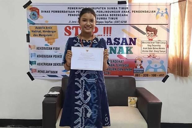 Roslinda, Remaja asal Sumba Timur Terima Anugerah KPAI sebagai Anak Inspiratif