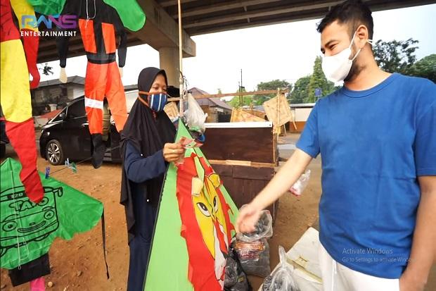 Raffi Ahmad Bantu Orang Terdampak Pandemi Covid-19, Turun ke Jalan Bagikan Uang