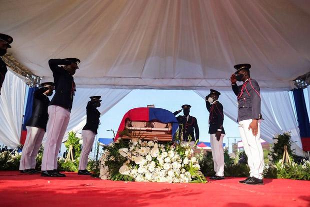Protes Pecah di Pemakaman Presiden Haiti, Para Tamu Lari Cari Perlindungan