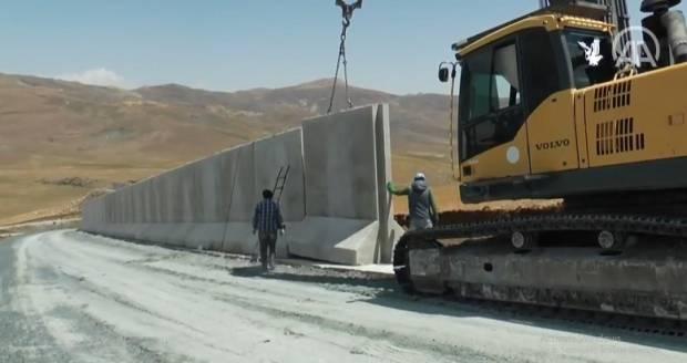 Cegah Pengungsi Afghanistan Masuk, Turki Perkuat Pertahanan Perbatasan