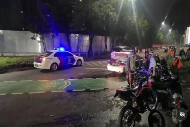 Masih Nekat Kumpul saat Jakarta PPKM Level 4, Kerumunan Motor di Sudirman Dibubarkan Polisi