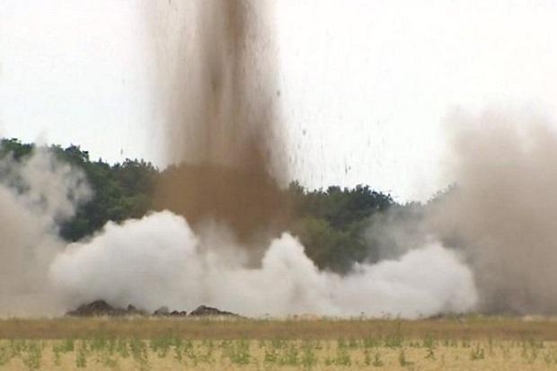 Bom Raksasa PD II Seberat 227Kg Ditemukan Masih Aktif dan Diledakkan