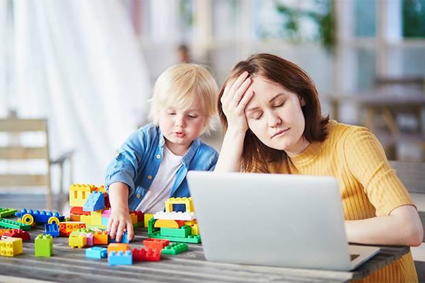 Waspadai! Kecemasan Orangtua akibat Pandemi Bisa Menular pada Anak