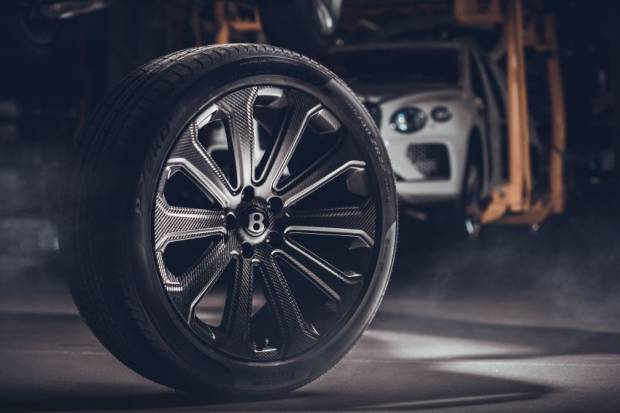 Agar Makin Kencang, Bentley Bikin Velg Serat Karbon 22 Inci buat Bentayga