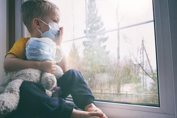 Jangan Cuma Memerintah, Orang Tua Wajib Jadi Teladan Kedisiplinan Prokes pada Anak