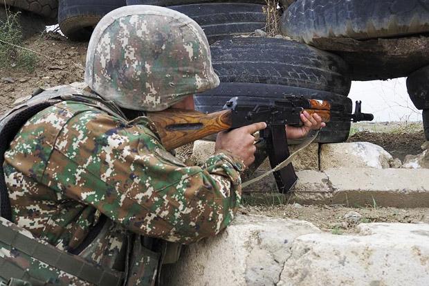 Bentrok dengan Militer Azerbaijan di Perbatasan, Tiga Tentara Armenia Tewas