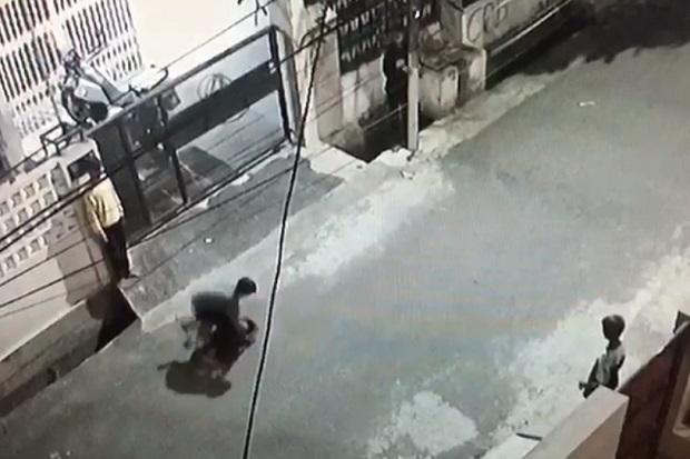 Gara-gara Main Bola Plastik, Dua Remaja Duel Ala Gladiator di Klender Jakarta Timur