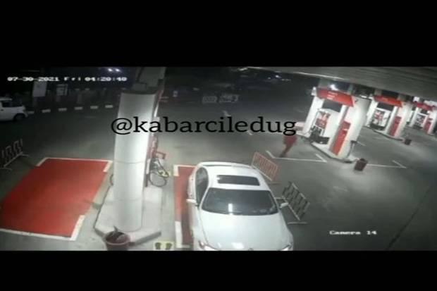 Usai Isi BBM Rp600 Ribu di SPBU Kodam Bintaro, Mobil Mewah Langsung Tancap Gas