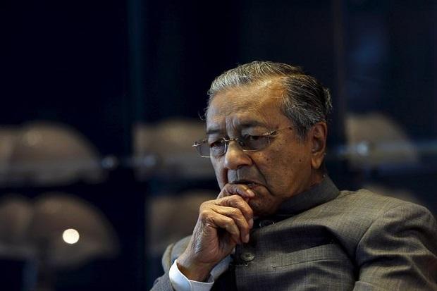 Mahathir Mohamad Juga Desak PM Malaysia dan Kabinetnya Mundur