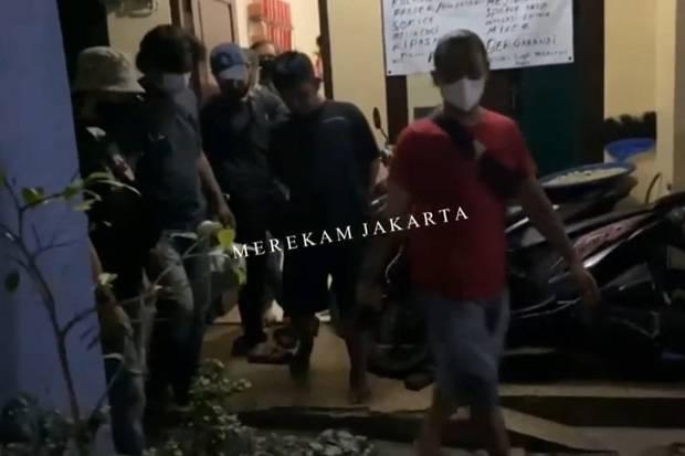 Pencuri Ponsel dan Uang Pedagang Ayam Bakar di Pesanggrahan Dibekuk Polisi