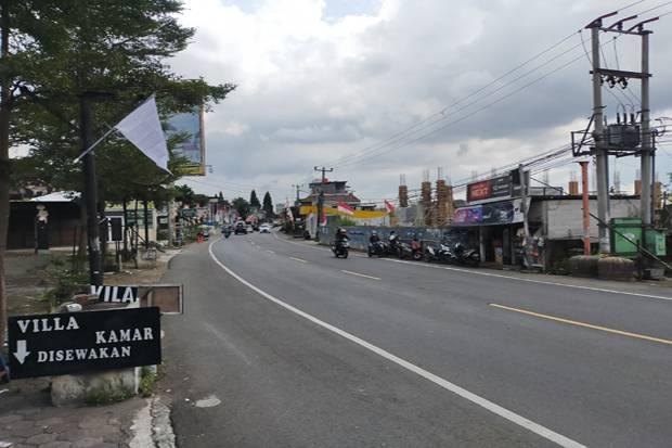 Sepi Wisatawan, Pedagang di Puncak Bogor Kibarkan Bendera Putih