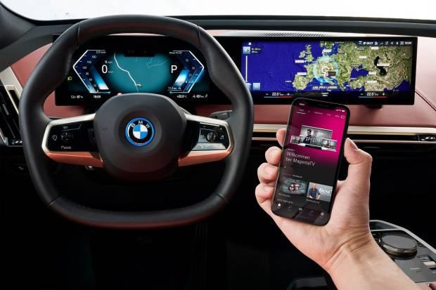 Makin Keren, BMW iX Kini Dilengkapi dengan Jaringan Seluler 5G
