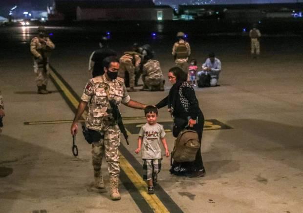 1.400 Pengungsi dari Afghanistan Masih di Pangkalan Qatar